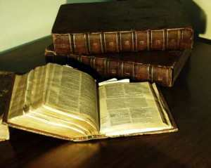 bible_geneva_from_1581_p7110004-geneva-bible-picture-427x341